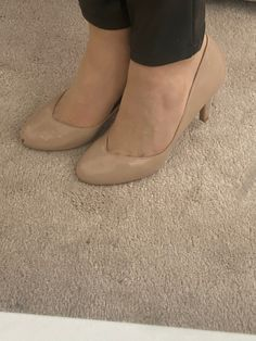 Pantyhose Heels, Sexy Feet, Shoe Collection, Character Shoes, My Photos, High Heels, Dance Shoes, Pumps, Leggings