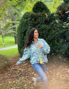 Celebration Gif, Katrina Kaif, Indian Celebrities, Latest Outfits, Bollywood Stars, Bollywood Actress, Celebrity Style, Casual Outfits, Dress Up