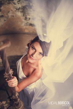 Bride, wedding portrait / Portret panny młodej - fotografia ślubna śląsk, fotograf ślubny śląsk więcej-> www.michalmarcol.com