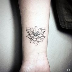 45 Sexy Mandala Tattoo Designs that Provoke the Fashion Within More