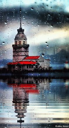 Kız Kulesi – Rainy day & Maiden's Tower, Istanbul Gif Animated Images, Istanbul City, Turkey Travel, Belle Photo, Budapest, Beautiful Places, Scenery, Places To Visit, Tower