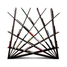 This #bookshelf, designed by Maryam Pousti of Studio Pousti, is made from 12 interlocking elements that fit together to become a self supporting structure.