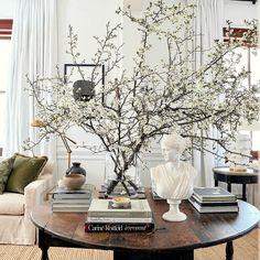 Home Interior Design, Interior Decorating, Interior Plants, Interior Colors, Room Interior, Casa Retro, Neutral Color Scheme, Home And Deco, Home Decor Inspiration