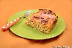 Lasagne con zucca e feta -  Ho preparato queste lasagne con zucca e feta per due mie amiche, grandi fan della zucca. E sono piaciute molto anche a me, grazie alla presenza della feta che stempera la dolcezza della zucca. Come tutte le paste al forno, potete preparare le lasagne in anticipo e scaldarle poco prima di servirle. Se non [...]