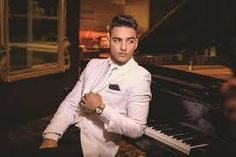 Image result for maluma y su novia actual
