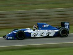 Thierry Boutsen (Ligier-Renault V10, JS37)
