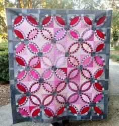 Thank you to all who participated in the DWR Challenge! We are so pleased with the results. With so many bea. Circle Quilts, Quilt Blocks, Bridal Bands, Wedding Ring Quilt, Double Wedding Rings, Gold Diamond Wedding Band, Quilt Making, Paper Piecing, Quilt Patterns