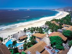 Ixtapa, Mexico...looks just like where I stayed in Cancun...paradise ;)