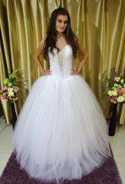 Gina menyasszonyi ruhánk
