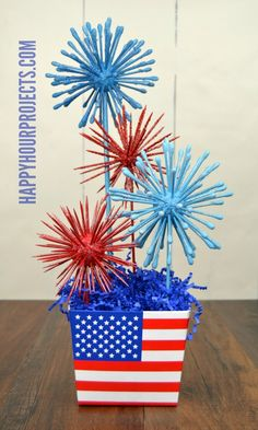 Spend A Fun And Safe Of July With These 18 DIY Firecracker Alternatives – of July – Grandcrafter – DIY Christmas Ideas ♥ Homes Decoration Ideas Fourth Of July Decor, 4th Of July Celebration, 4th Of July Decorations, 4th Of July Party, July 4th, Birthday Decorations, Graduation Centerpiece, Holiday Decorations, Seasonal Decor
