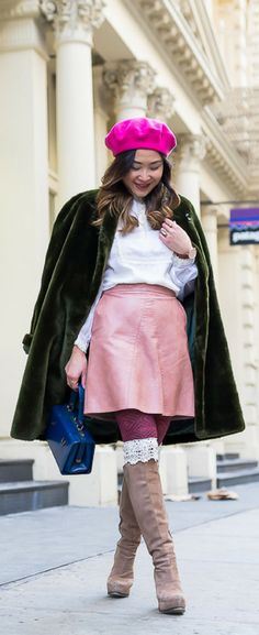 Layersofchic vintage fur coat street style, pink beret hat outfit, winter outfits feminine. Get the look on www.layersofchic.com #OOTD #vintage #furcoat