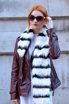 Black and white striped faux fur statement scarf - Primark - fashion blogger http://www.hannahlouisef.com/2014/10/burgundy-leather-jacket.html