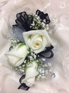 Black and silver bling Homecoming Flowers, Homecoming Ideas, Prom Flowers, Bridal Flowers, Graduation Ideas, Prom Corsage And Boutonniere, Corsages, Boutonnieres, Little Black Dress Classy