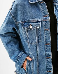 Discover the lastest trends in Jackets with Bershka. Log in now and find 145 Jackets and new products every week Oversized Denim Jacket, Coat, Jackets, Clothes, Sephora, Women, France, Beauty, Fashion