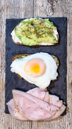 Smoked Salmon Breakfast, Breakfast Toast, Breakfast Bowls, Breakfast Ideas, Quick Healthy Breakfast, Healthy Dinner Recipes, Cooking Recipes, Tasty Meals, Onigirazu