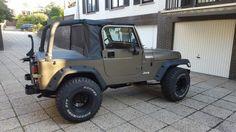 Jeep yj wrangler halftop soft top .