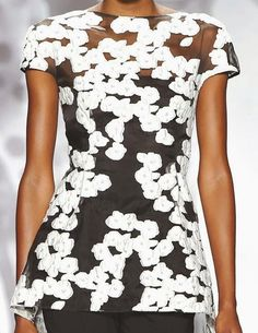 2014-09-26 PRINTS, PATTERNS AND SURFACES FROM NEW YORK FASHION WEEK (WOMAN COLLECTIONS SPRING/SUMMER 2015) / 14