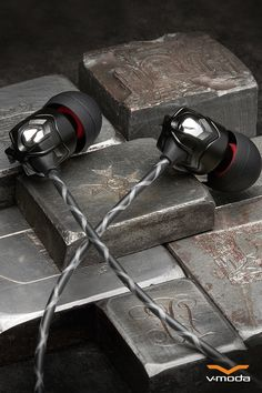 V-MODA Zn In-Ear Modern Audiophile Headphones with Remote and Microphone