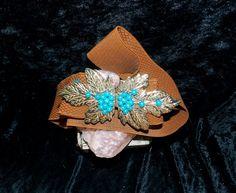 Mod Vintage Stretch Mocha Brown Belt.Dual Goldtone Leave Closure. Decorative  Sparkly Turquoise Glass Beads. Adjustable.