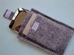 The back of the ipod/iphone sleeve..Etsy store DashingEtc