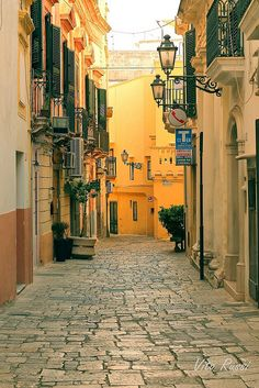 Gallipoli, Italy Places Around The World, Travel Around The World, Around The Worlds, Places In Italy, Places To See, Beautiful Places To Travel, Wonderful Places, Gallipoli Italy, Destinations