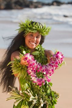 hawaiian flower head leis | Hawaiian wedding lei - wearing a Maile Haku Lei and presenting an ...