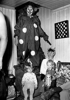 http://WhoLovesYou.ME | #clowns Typical American family in suburbia on Friday or Saturday night #clowns #vintage