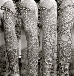 Jaw dropping mehndi style tattoo
