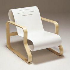 Armchair 41 'Paimio' from Artek [designed by Alvar Aalto]