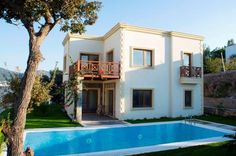 Sea view new built house for sale in Yalikavak, near Bodrum, Turkey.