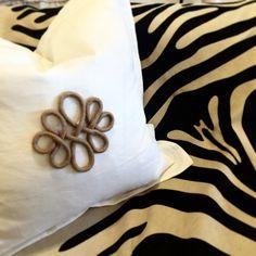Digging the naturals today- zebra, jute appliqué & white linen. #classic #luluandmehome