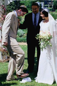 27 Things That Will Happen At Every Jewish Wedding