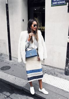 Sneakers blue outfit sincerely jules ideas for 2019 Bota Over, Long Pencil Skirt, Elle Fashion, Woman Fashion, Sport Chic, Grey Sweater, Ideias Fashion, What To Wear, Casual Outfits