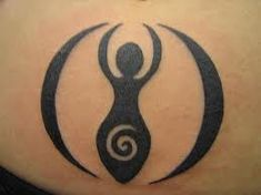 Fertility Goddess Tattoo... This may be my next one!!!!