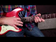 YouTube - 1 iconic blues riff every guitarist should know .