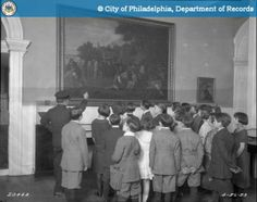 PhillyHistory.org - Guided Tours - School Children Looking at Picture of Penn Signing Treat with the Indians in the Hall of the Supreme Court Building