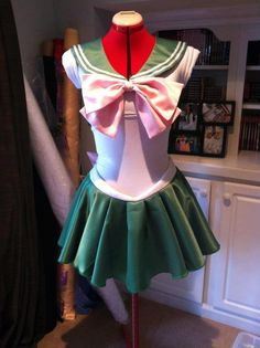 Sailor Jupiter Sailor Moon Costume. Idea for the Color Run perhaps?