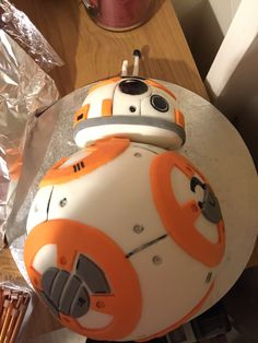 So, my girlfriend made me this amazing BB8 cake for my birthday ...