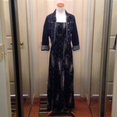 Gorgeous green printed maxi dress slit Stunning maxi dress with slit on the side Xhilaration Dresses Maxi