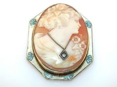 DECO VINTAGE CARVED SHELL CAMEO DIAMOND 14KT GOLD WHITE BLUE ENAMEL PIN