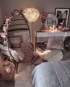 Cute Bedroom Decor, Bedroom Decor For Teen Girls, Cute Bedroom Ideas, Room Design Bedroom, Girl Bedroom Designs, Stylish Bedroom, Room Ideas Bedroom, Bedroom Inspiration, Cosy Bedroom
