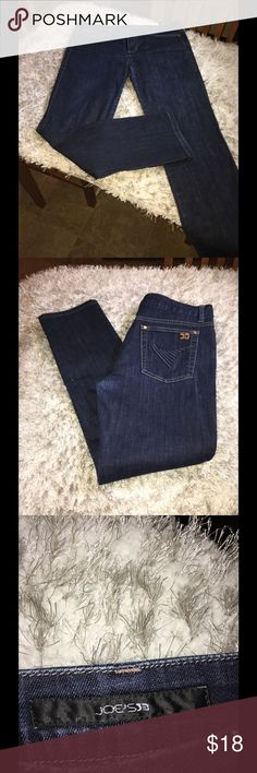 Joes Muse Skinny Jeans Size 31 Joes Jeans, Muse style.  Skinny cut.  Dark blue rinse color.  Size 31.  Inseam is 30 inches long. Lower, back leg has very small denim blemish.  Not a hole.  Otherwise good condition.  Important:   All items are freshly laundered as applicable prior to shipping (new items and shoes excluded).  Not all my items are from pet/smoke free homes.  Price is reduced to reflect this!   Thank you for looking! Joe's Jeans Jeans Skinny