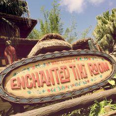Disney Hipster Blog: Good Design / Bad Design: Signs Of Adventureland
