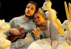 Onderzoek theater: Grietje FroeFroe Theater, Music Instruments, Guitar, Design, Musical Instruments, Theatres, Teatro, Guitars