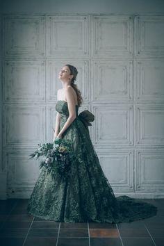 20 Ideas dress green long prom beautiful for 2019 Green Wedding Dresses, Wedding Dress Trends, Trendy Dresses, Nice Dresses, Homecoming Dresses Long, Fairytale Dress, Vintage Dress Patterns, Festival Dress, Dresses Kids Girl