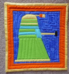 A Dr. Who quilt... that would be freakin' awesome!!! maybe I need to learn to paper piece