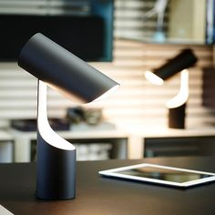 YAMAGIWA 公式オンラインショップ。国内外から選りすぐりの照明器具や家具、輸入・デザイン家電、インテリア小物をご紹介しています。