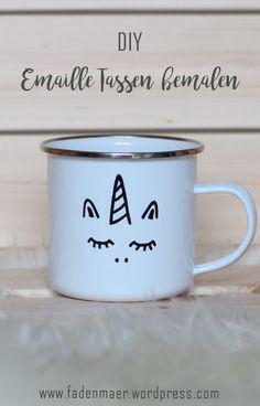 Paint enamel cups – Quick DIY Christmas gift – Famous Last Words Diy Gifts Last Minute, Easy Diy Gifts, Creative Gifts, Homemade Gifts, Diy Gifts For Christmas, Diy Becher, Donut Decorations, Diy Mugs, Navidad Diy