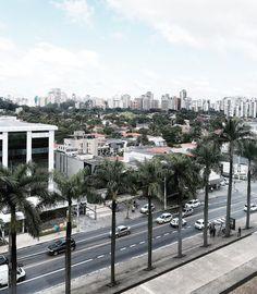 Love this view! #saopaulo ------- Adoro essa vista! Bom dia e boa terça by camilacoelho