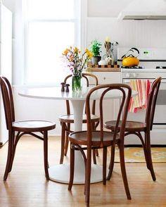 La silla #thonet sigue siendo uno de mis iconos favoritos del diseño.  by etxekodeco